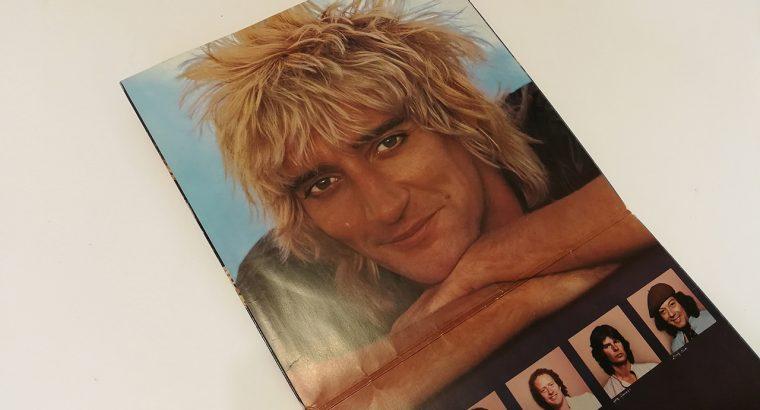 Rod Stewart – Blondes have more fun
