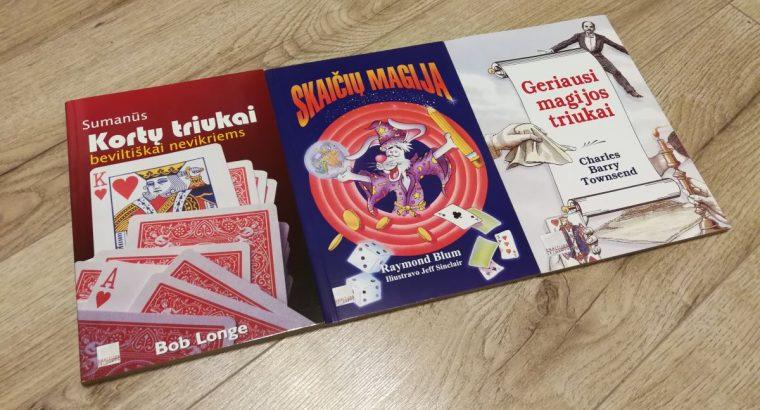 Trijų magijos knygų kolekcija