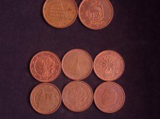 13 skirtingų euro centų kolekcija