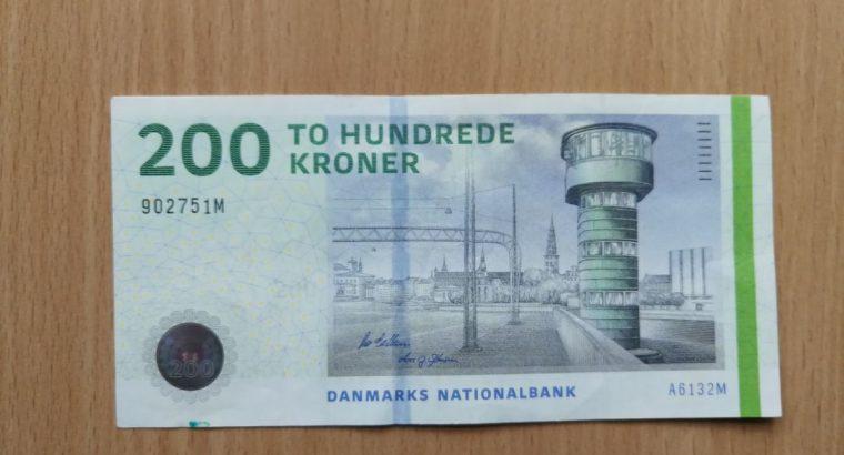 200 Danijos kronų