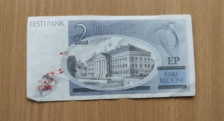 Dvi estiškos kronos banknotas