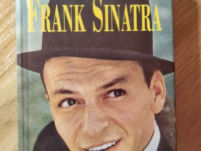 """E. Hawes """"The life and times of Frank Sinatra"""""""