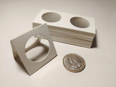 25 kartoniniai laikikliai monetoms su 35mm diametro langu