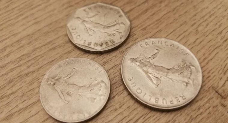 1, 2 ir 5 Prancuzijos franku monetos
