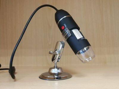 Skaitmeninis mikroskopas 50x – 1600x su stoveliu