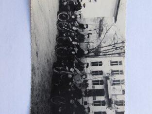 Ant senų motociklų , uniforma , Stalino foto