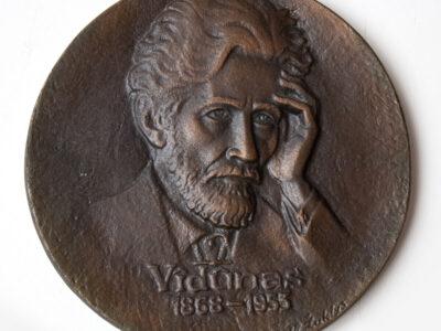 Vladas ŽUKLYS (1917-2013). Vydūnas, 1969, bareljefas.